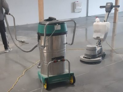 maszynowe czyszczenie posadzek Euro Glance